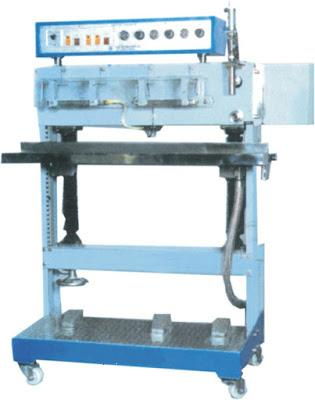 Small Scale Center Seal Pouch Making Machine 9.4Kw 5800x1500x1350 mm
